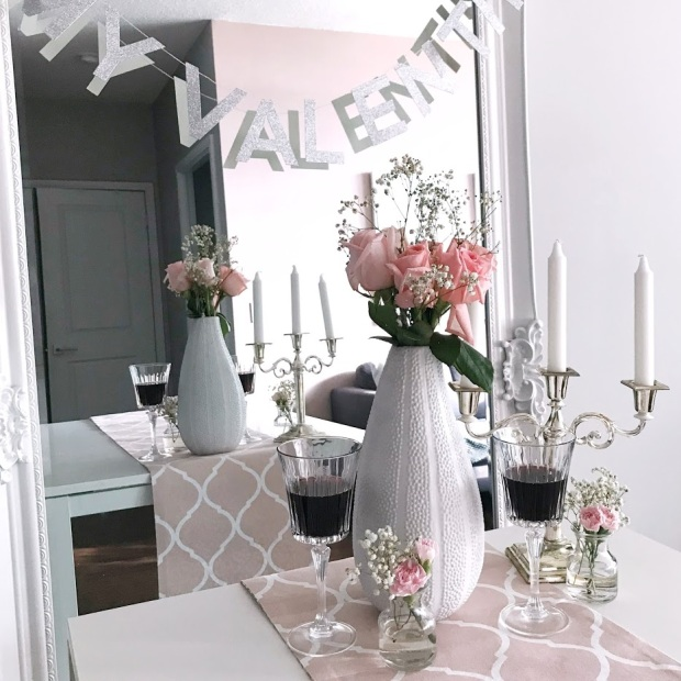 Galentine's Party - You Had me at Merlot - Decor