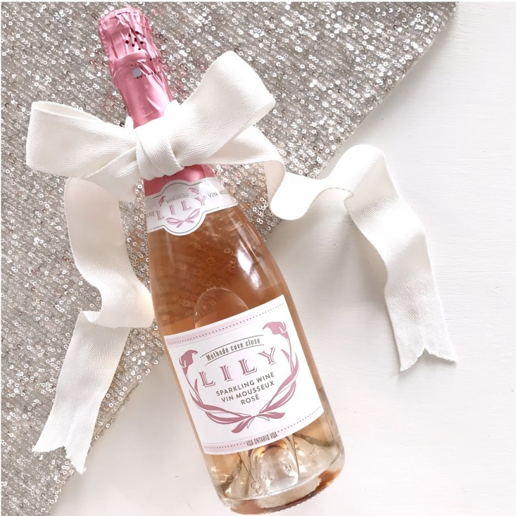 Lily Sparkling Rose Wine Review