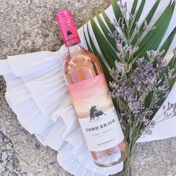 Toro Bravo Rose Shiraz Garnacha Wine Review